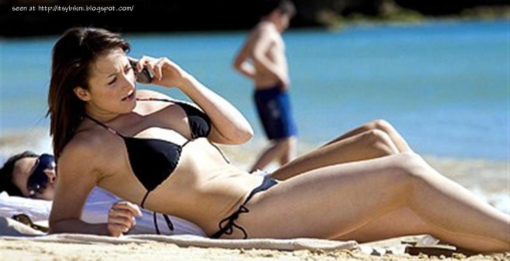 natalie cassidy bikini