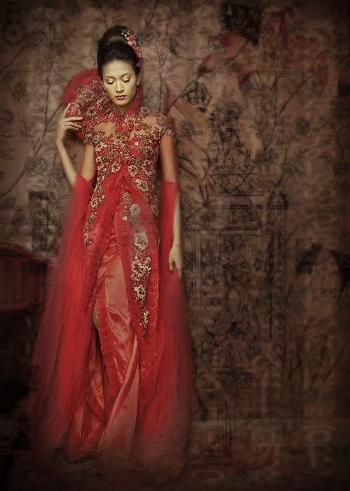 Kebaya Muslim Pengantin: Kumpulan Desain Model Gaun Kebaya Panjang