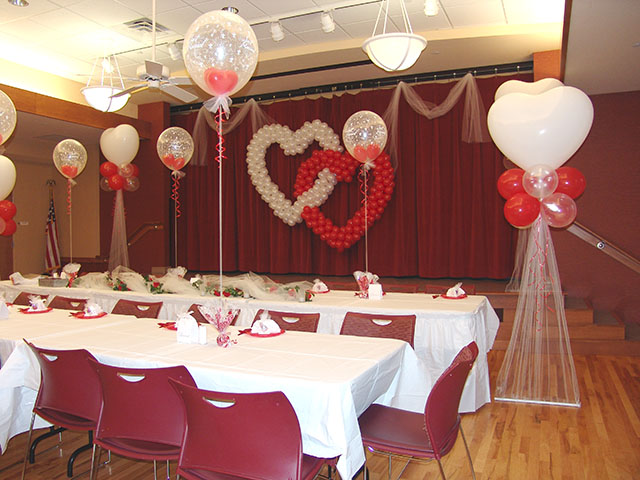 Wedding themes wedding style beautiful balloon wedding for Balloon decoration for weddings
