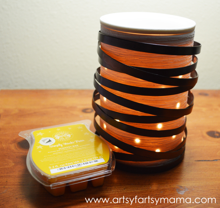 ScenTrend 2014 and Giveaway at artsyfartsymama.com #Scentsy