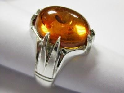 Ciri-Ciri Batu Amber Asli