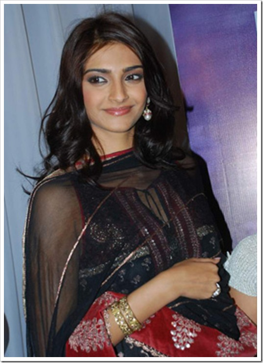 Latest Sonam Kapoor wallpapers in HD