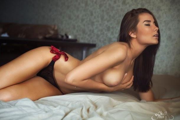 Ksenia Pocherney MissFiksa fotografia fashion modelos sensuais nuas