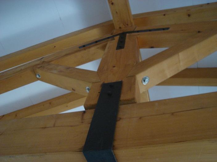 Alma de herrero estructura de tejado for Tejados de madera modernos