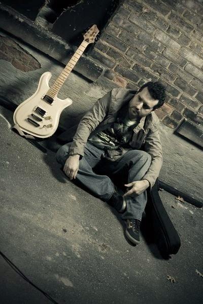 Tony Pulizzi, Tony Pulizzi guitar, Brazen Guitars, Brazen, Natalie Cole, TonyPguitar, American Idol, Gladys Knight, Tony Pulizzi Guitar