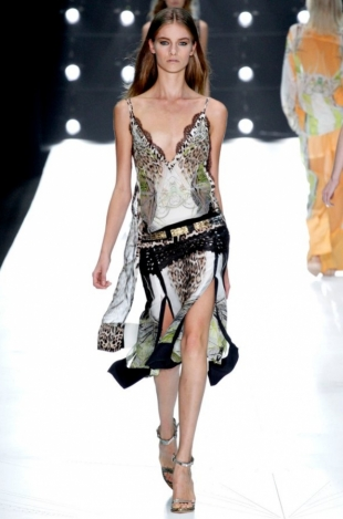 Roberto-Cavalli-Collection-Spring-2013-18
