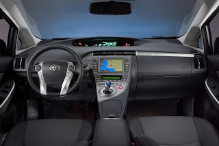 2012 Toyota Prius Plug-in Hybrid Pictures