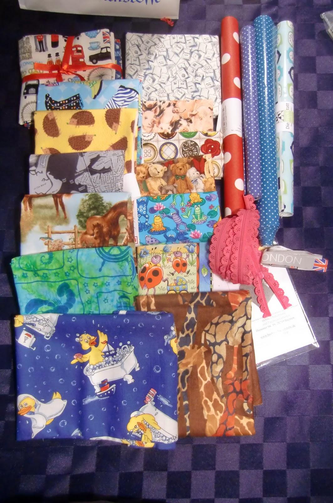 taschen quilts und mehr stoffmesse in hamburg. Black Bedroom Furniture Sets. Home Design Ideas