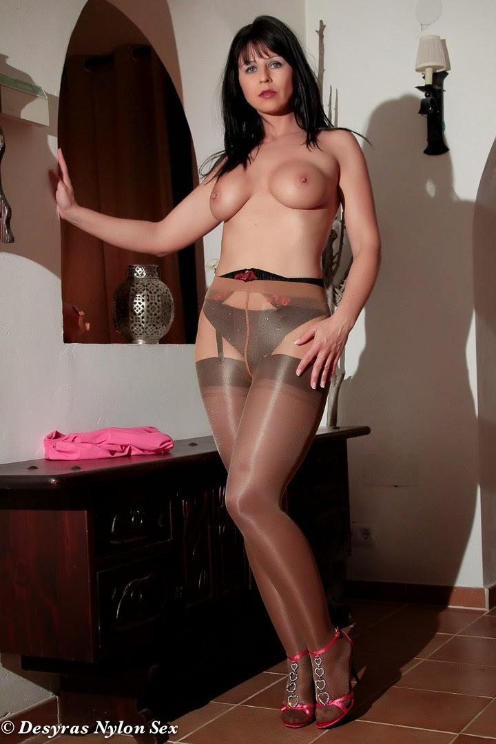Page 7 - pantyhose - 검색 - 비디오 - JavBus