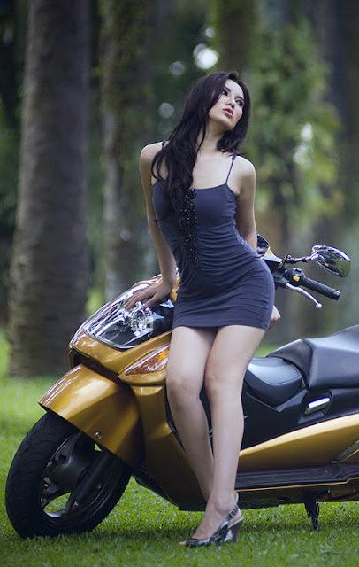 Foto Hot Model Cantik Dan Seksi