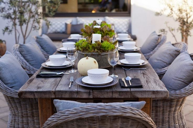 stunning wicker dinning set