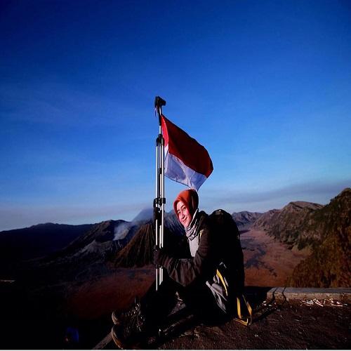 Pendaki Dan Gunung - 10 Alasan Untuk Mendaki Gunung