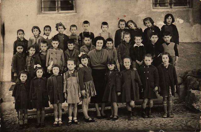 6ο Δημοτικό Σχολείο ΄Εδεσσας, τάξη Α΄το 1958