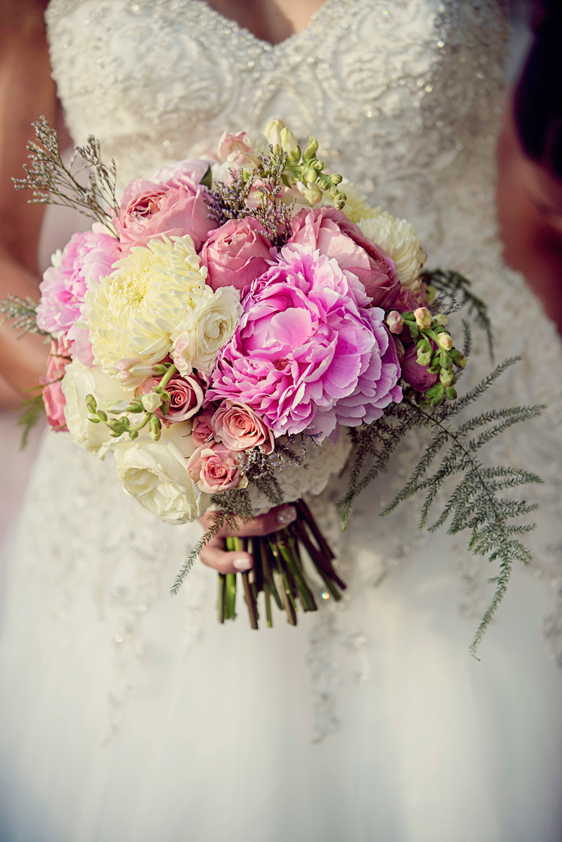 Bridal Bouquet / Photography by Doug Loneman