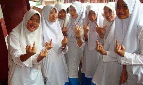 image Student budak melayu malaysia 1