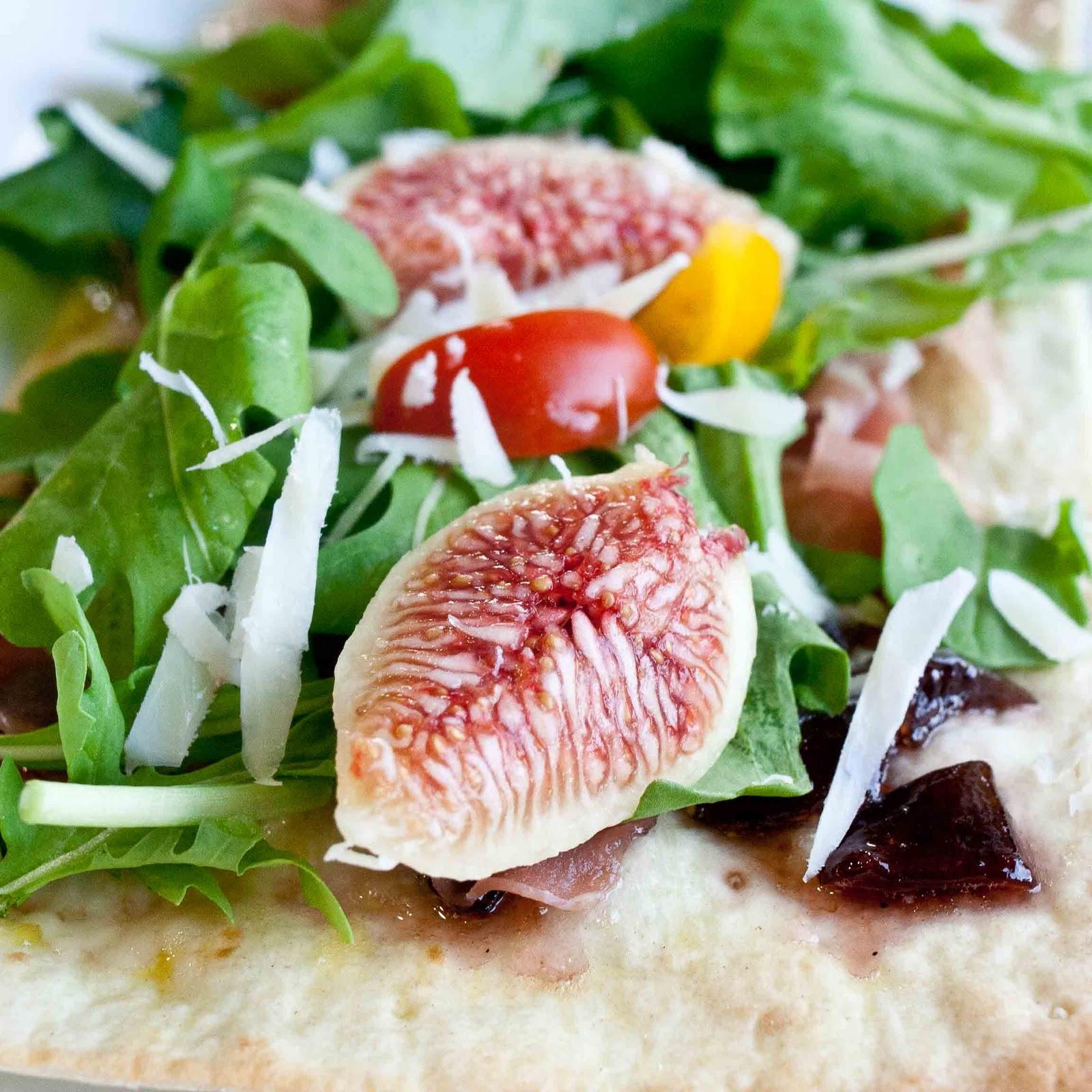 FOODjimoto: Fig and Arugula Lavash Pizza