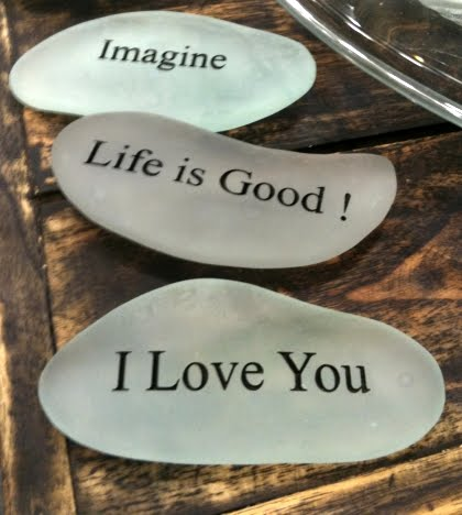 draw love message on seaglass