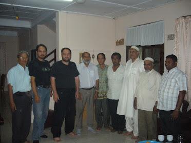 مع وفد من مسلمي لاوس