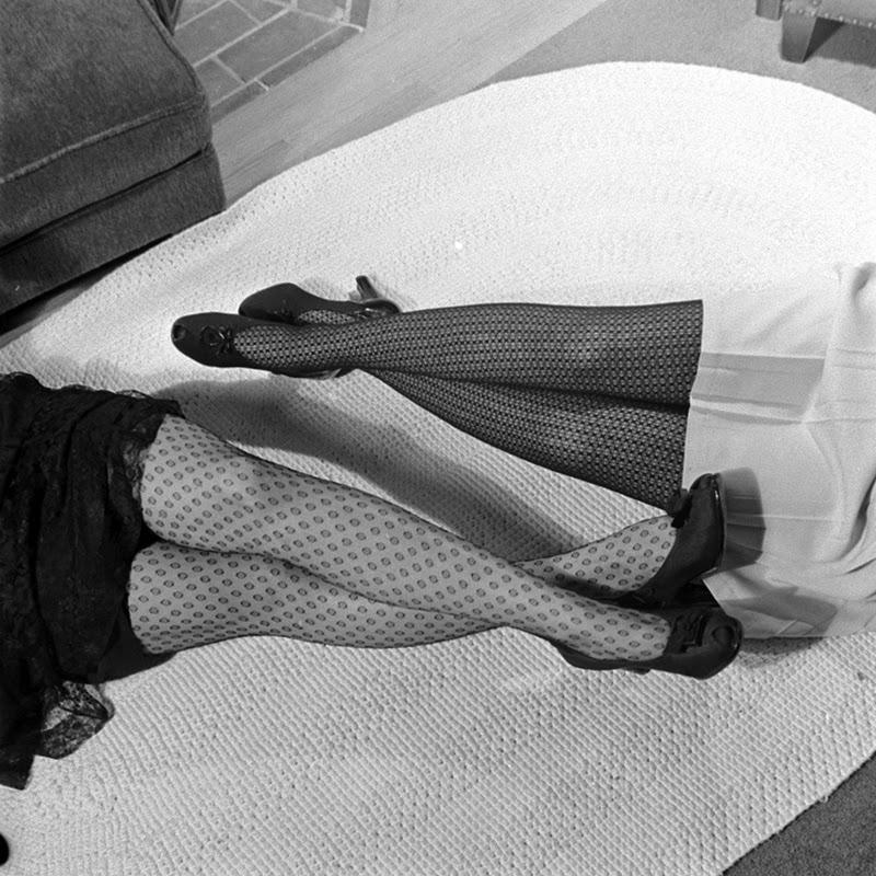 vintage everyday: 16 Vintage Photos of Nylon Stockings' Allure in ...