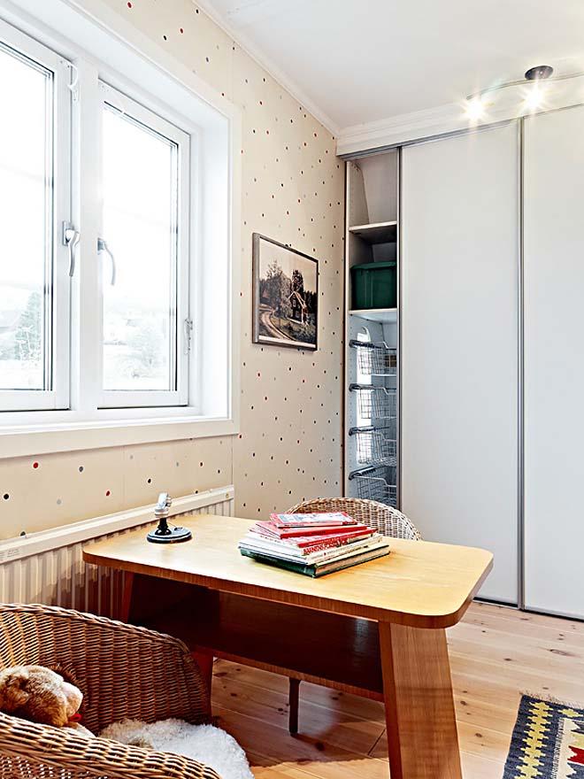 casa de campo diseño interior rustico actual -mesa de madera simple