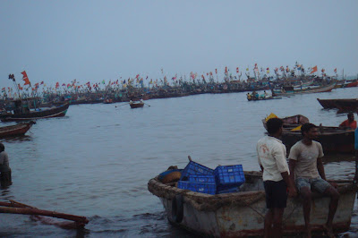 Trawlers & Boats at Harnai Port