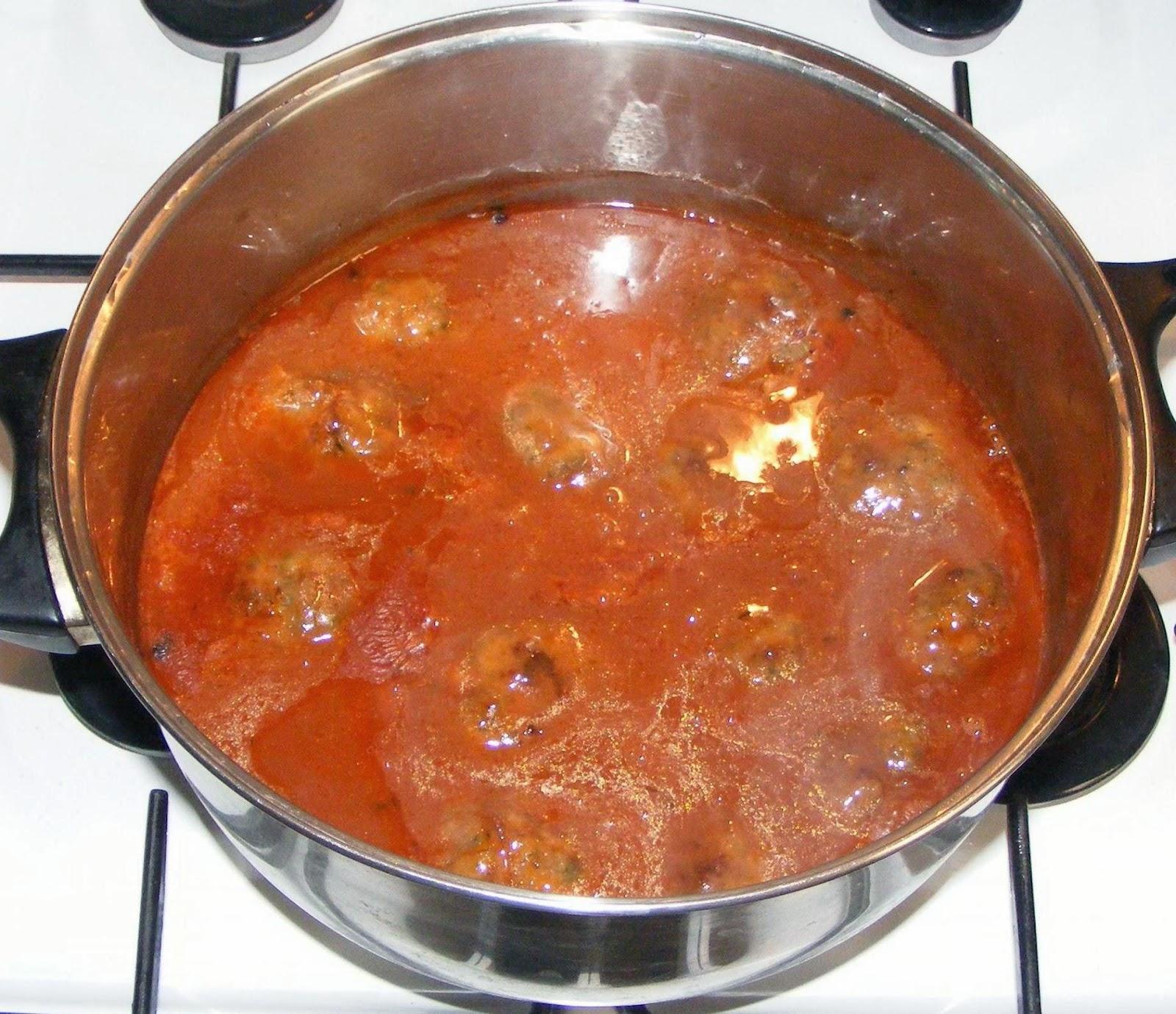 chiftele marinate, sos chiftele, sos pentru chiftele, sos marinat, retete sos, reteta sos, sos retete, sos reteta, retete si preparate culinare, retete de mancare, mancaruri cu sos,
