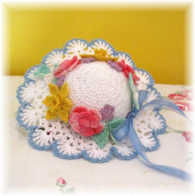 Free Crochet Pattern For Easter Bonnet : BellaCrochet: March 2012