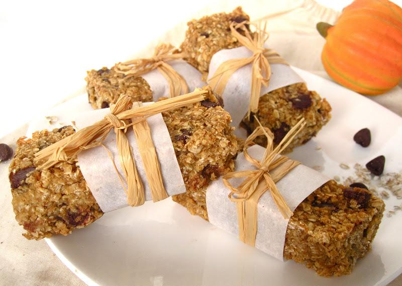 Chewy Pumpkin Pecan Maple Chocolate Chip Granola Bars (egg free, dairy ...