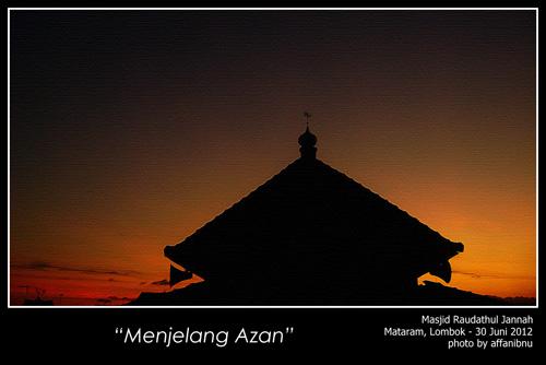 Siluet Masjid Sunset di Lombok