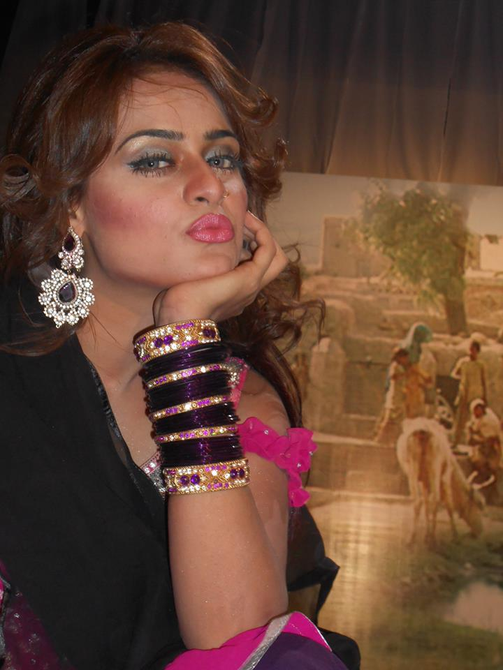 Sobia Khan New Hot Pictures
