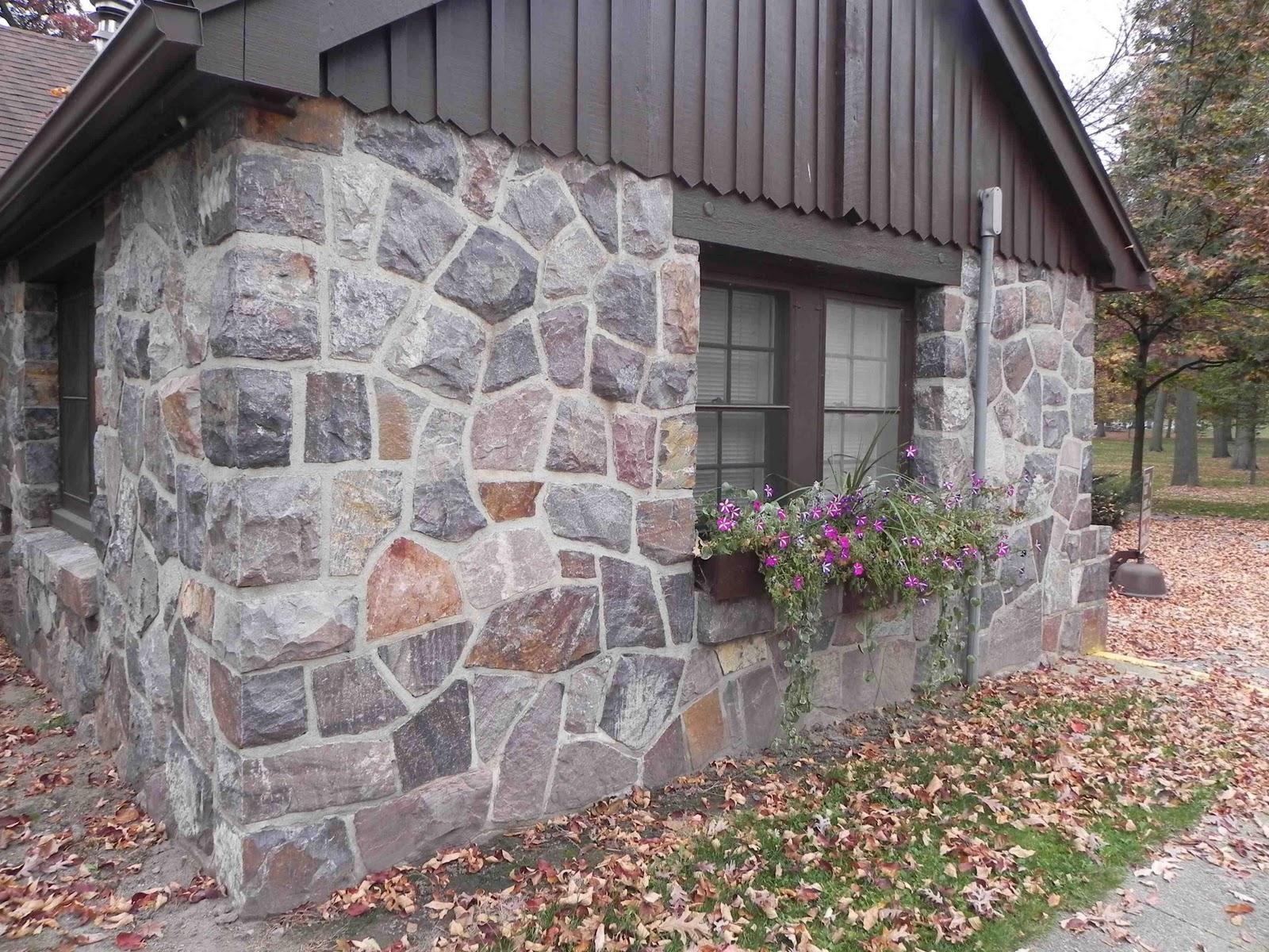 Как построить дом из камня своими 80