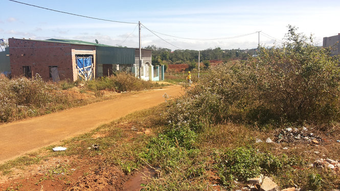 Gia Lai: Giả nghèo để xí đất của người thu nhập thấp
