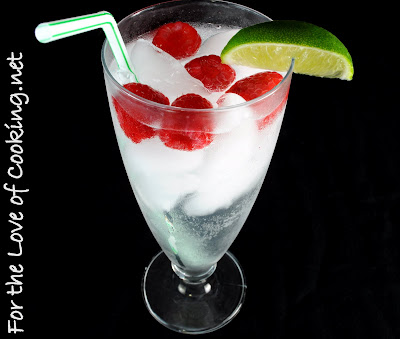 Vodka Cran-Raspberry Sparkling Water
