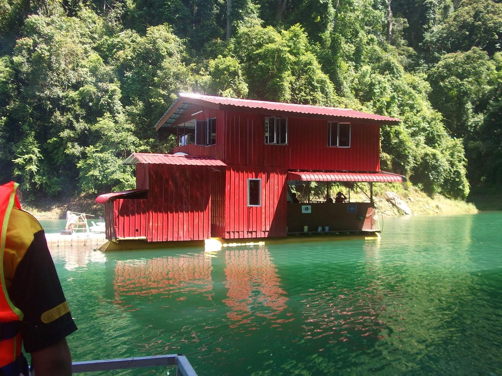 TASIK PEDU BOAT HOUSE