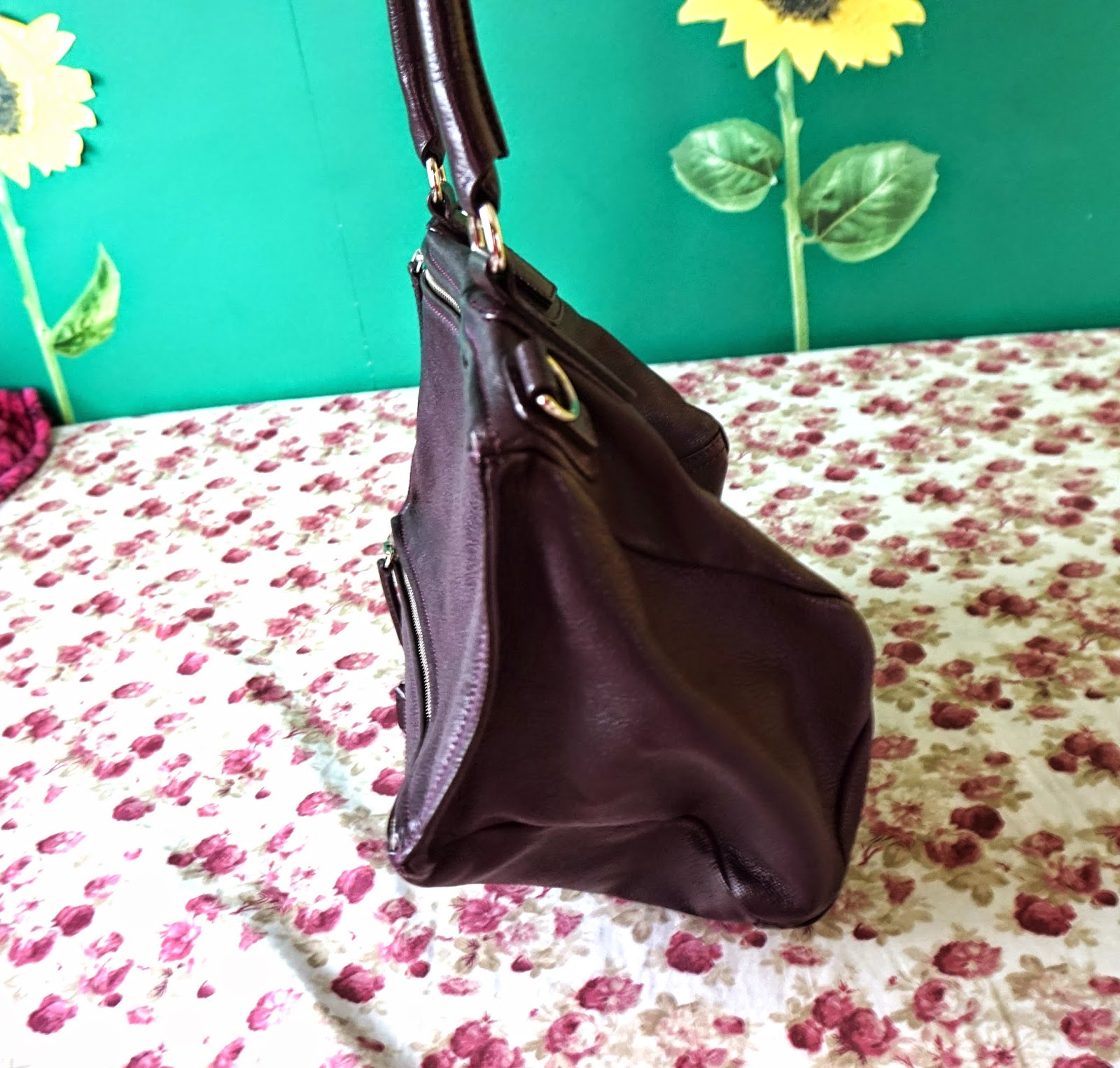 d26bf9b313d4 BAG REVIEW  Givenchy Pandora Medium in Aube + Spot A Fake Givenchy ...