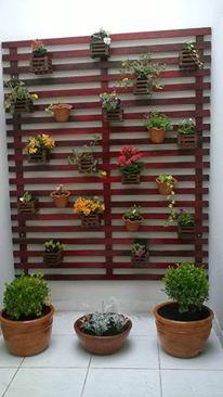 Conheça nossa linha de Floreiras e Jardim Suspenso