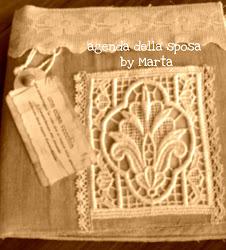 agenda della sposa in lino e pizzi