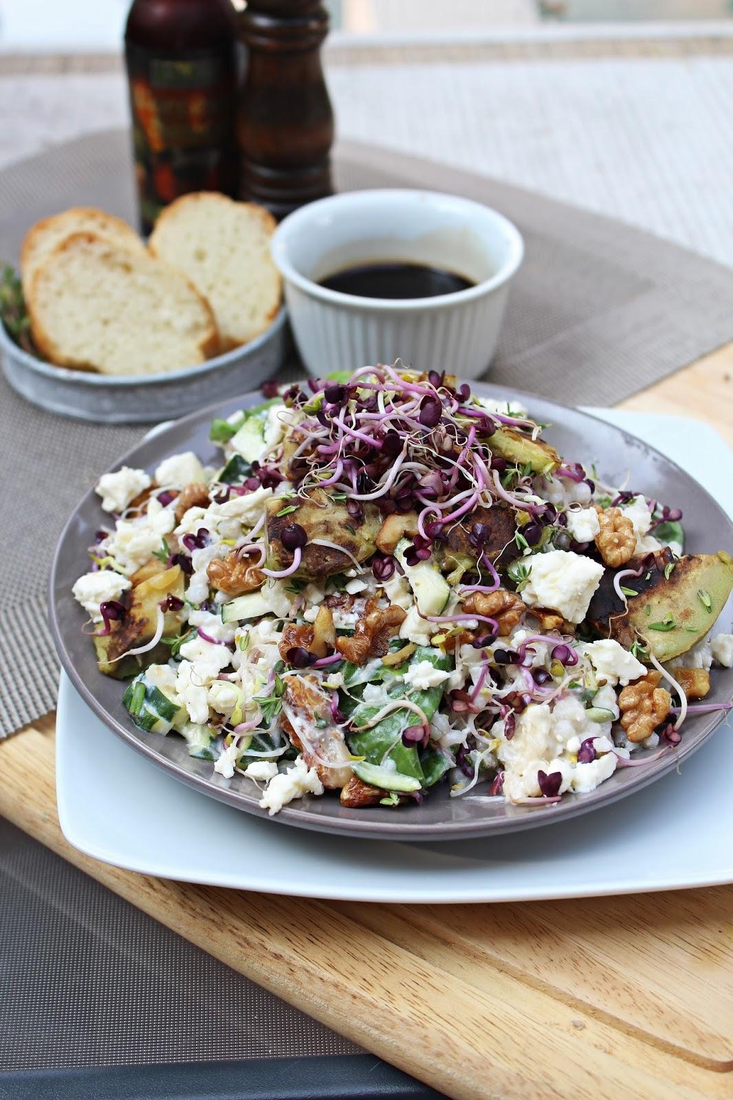 backtrinchen nach jamie oliver the healthiest salad i 39 ll eat this week. Black Bedroom Furniture Sets. Home Design Ideas