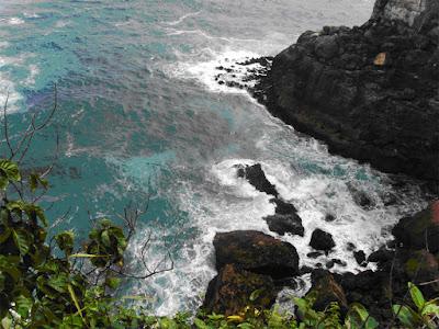 Tempat Wisata Pantai Banyutowo di Wonogiri Jawa Tengah