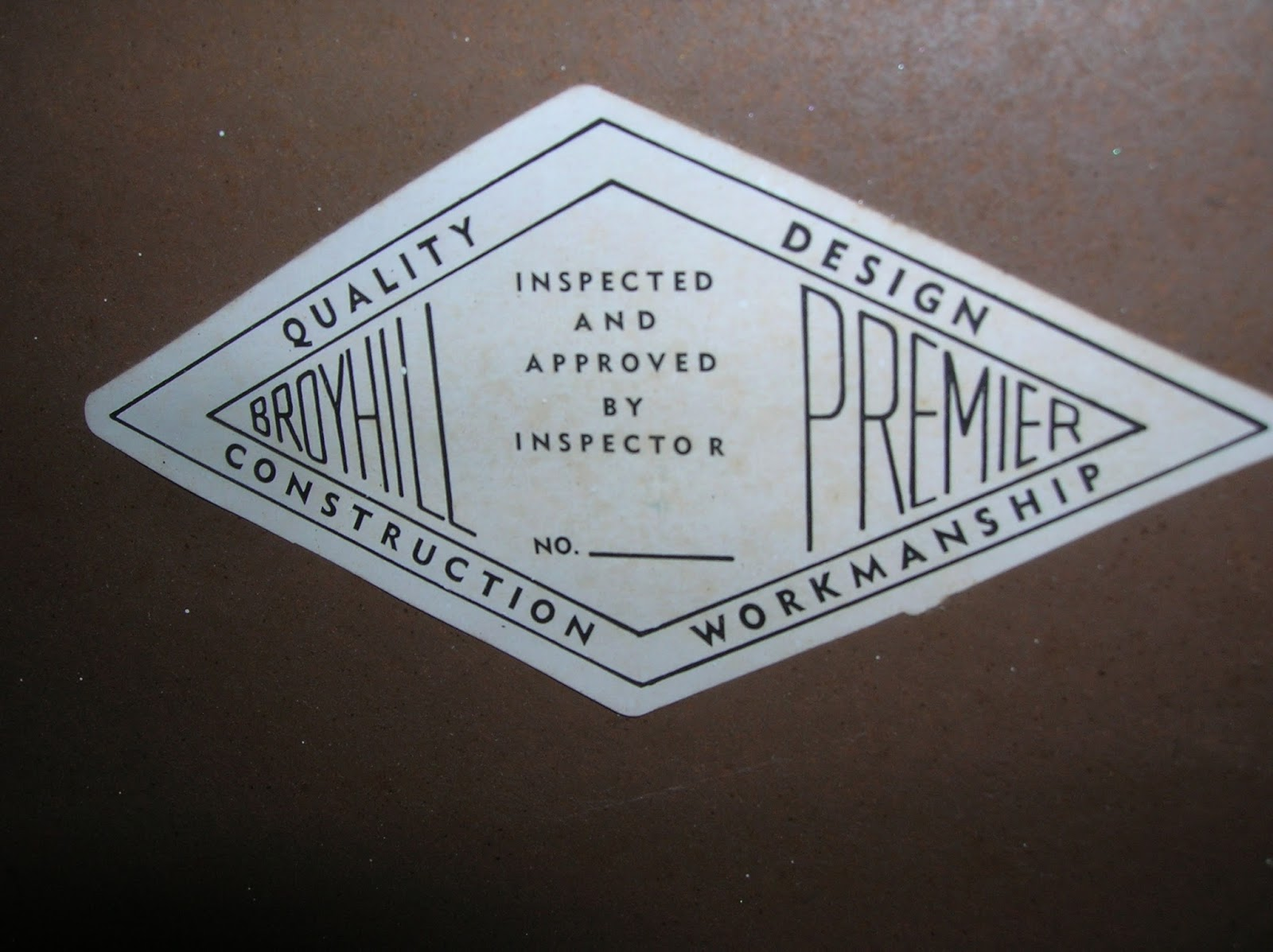 If You Know Anything About The Broyhill Facet Collection, Please Leave A  Comment With What You Know.