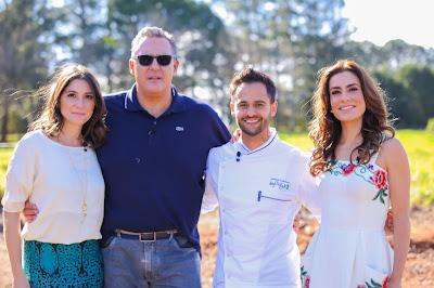 Na foto: Carolina Fiorentino, Fabrizio Fasano, Ticiana Villas Boas e Diego Lozano - Crédito: Artur Igrecias/SBT