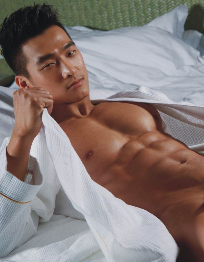 Korean Male Model Porn - Jin Xiankui in body show