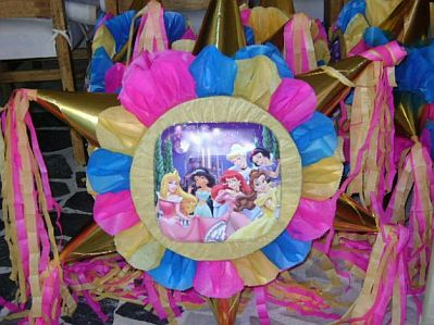 Pi atas princesas disney para fiestas infantiles for Decoracion de pinatas infantiles