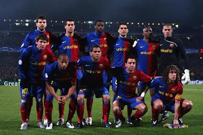http://2.bp.blogspot.com/-BVA6GE6xnow/TcCgcqPHxoI/AAAAAAAAABE/dD3mtW-_EnE/s1600/FC-Barcelona-Team-wallpapers.jpg