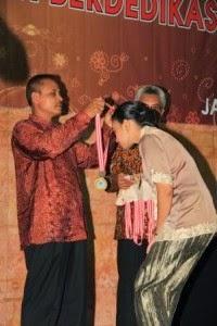 Pelepasan SMAN 101 Jakarta Barat: Kita bersatu pada songsong masa depanberprestasi