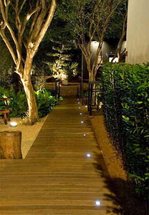 iluminacao para jardim externo : iluminacao para jardim externo:iluminação da paisagem acrescenta ao projeto detalhes quenão