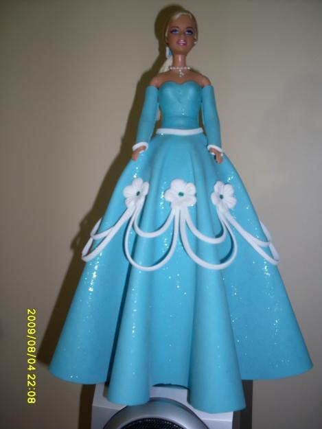 manualidades y express art vestidos de muñeca en foamy encaje