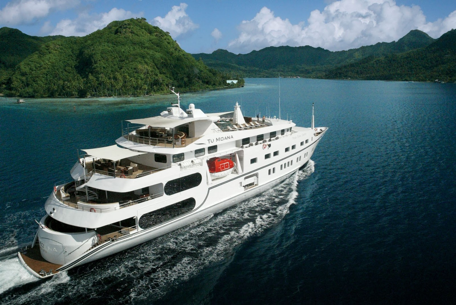 Expedition Ships for Sale http://www.expeditioncruising.com/2012/10/for-sale-tu-moana.html