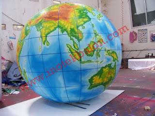 Balon karakter bumi
