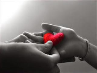 Tanda Jatuh Cinta